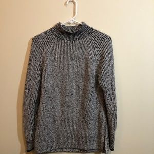 Women's Calvin Klein Sweater Small